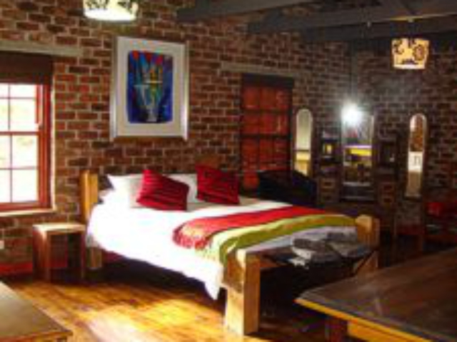 Riebeek Kasteel Santa Cecilia funky alternative accommodation